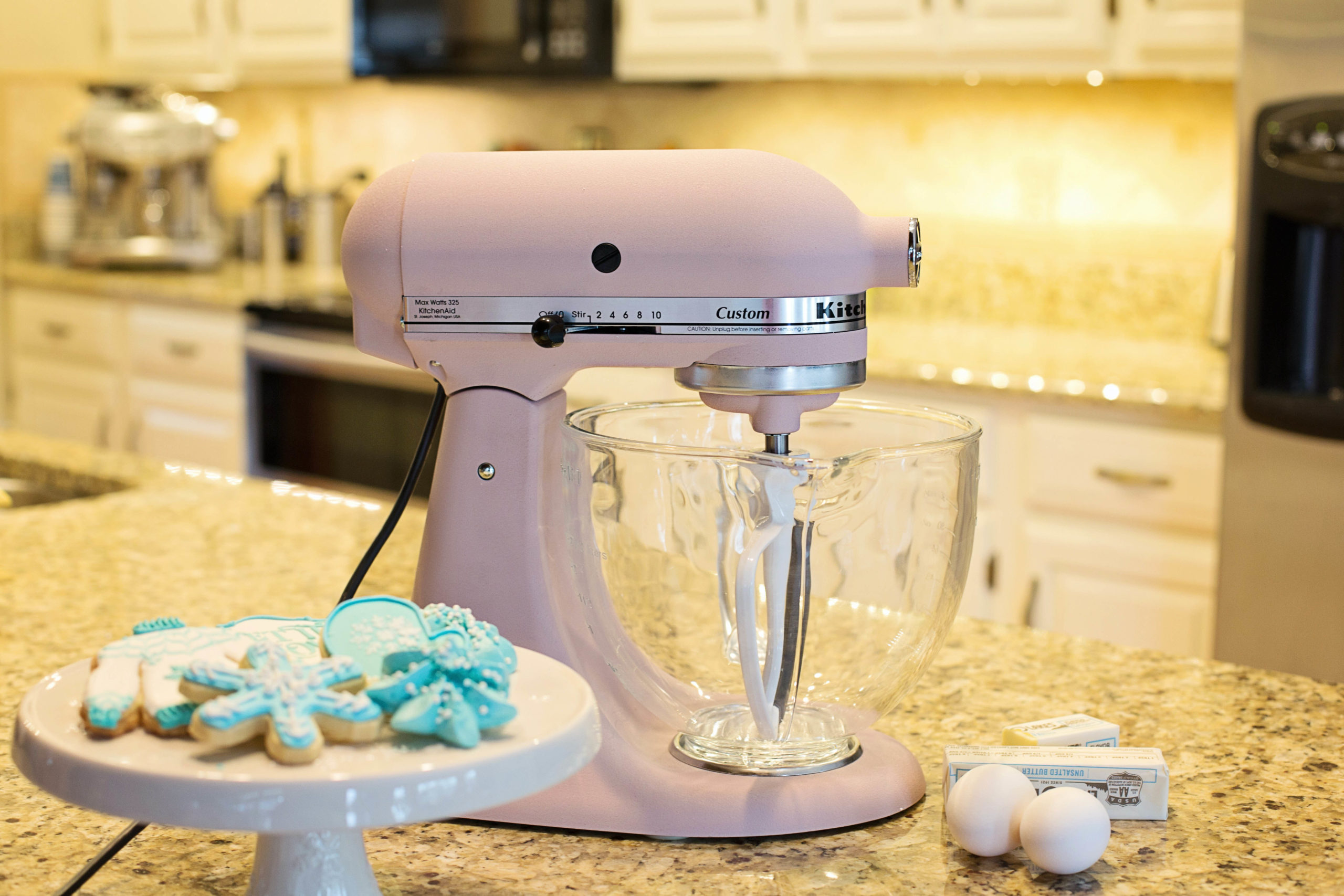 A guide to buying and using a mixer effectively.